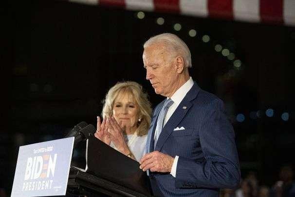 Biden urges flexible school openings
