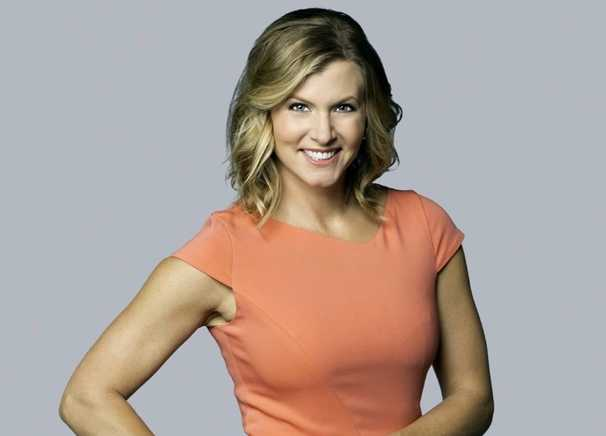 Julie Donaldson hired by Washington's NFL team to replace radio voice Larry Michael
