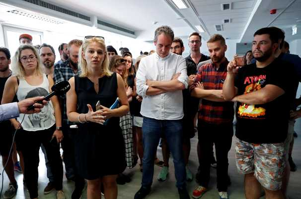 Mass resignations at Hungary's largest news site as press freedom slides