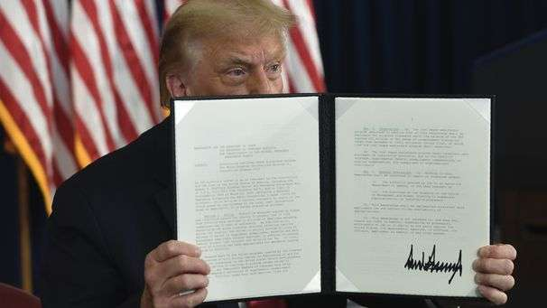 Trump's and the GOP's glaring inconsistency on executive orders
