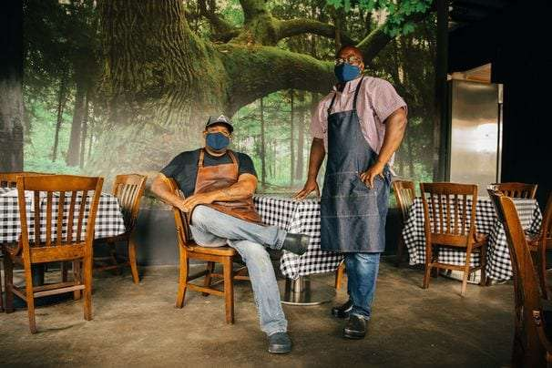 Atlanta chef Todd Richards makes the best of a bad situation by mentoring others