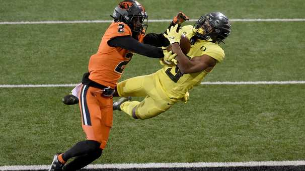 College football winners and losers: Pac-12 playoff hopes disappear with Oregon's loss