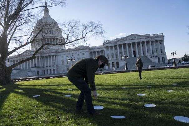 D.C. restaurant workers plead for Congress to provide relief for their decimated industry