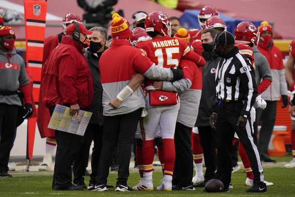 Under NFL's concussion protocols, decision on Patrick Mahomes's playing status is out of Chiefs' hands