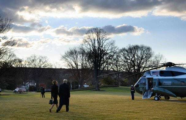 With his last pardons, Trump makes clear his position on political corruption