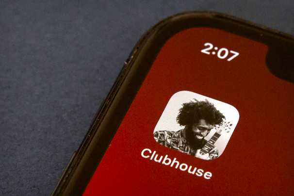 Clubhouse illuminates the stark cultural divide between journalists and tech people
