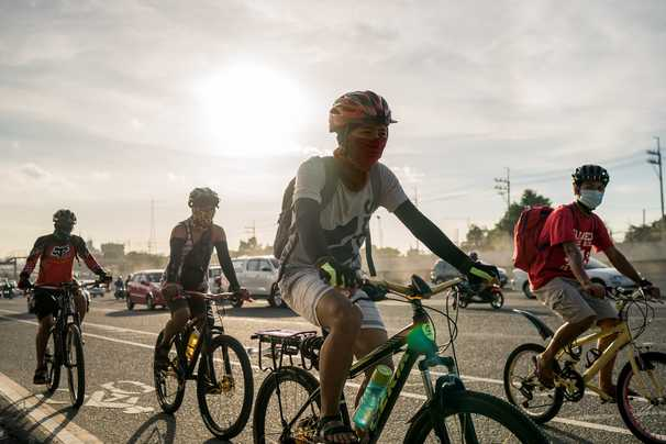 Filipinos are cycling their way through the pandemic
