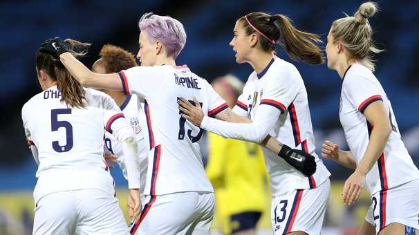 Megan Rapinoe's late penalty lets the USWNT salvage a 1-1 draw with Sweden