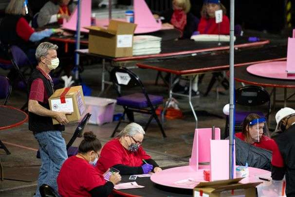 Observers report ballots and laptop computers have been left unattended in Arizona recount, according to secretary of state