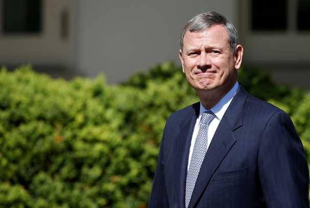 Chief Justice Roberts opts for restraint, the center and a cease-fire