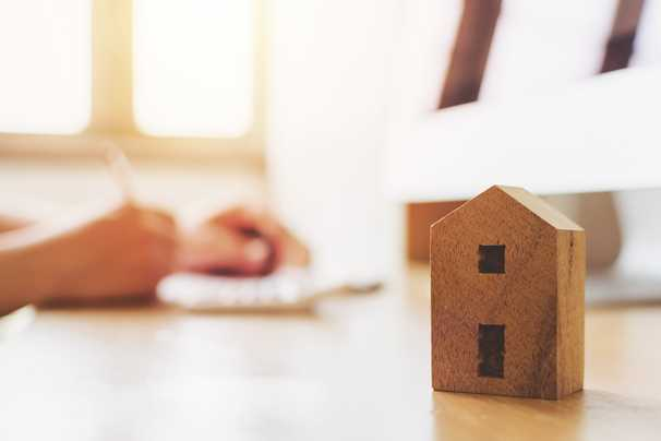 Parents concerned about capital gains taxes when selling home to child