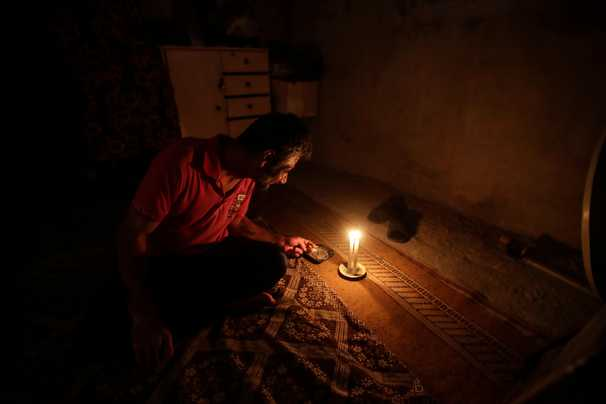 Power outages cripple much of the Middle East amid record heat waves and rising unrest