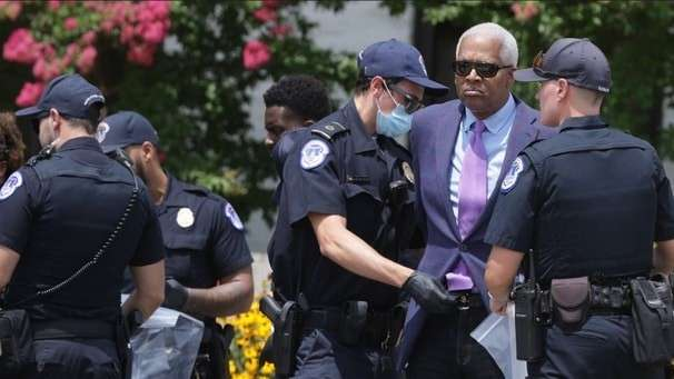 Rep. Hank Johnson arrested at 'Black Voters Matter' protest for voting rights