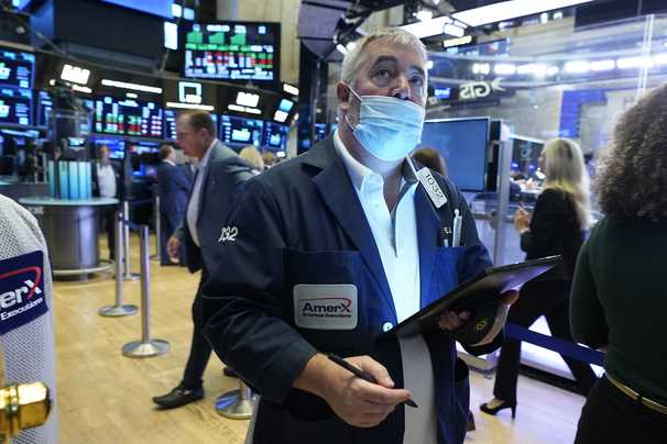 U.S. stocks hit record highs, with Dow breaching 35,000, even as delta variant concerns grow