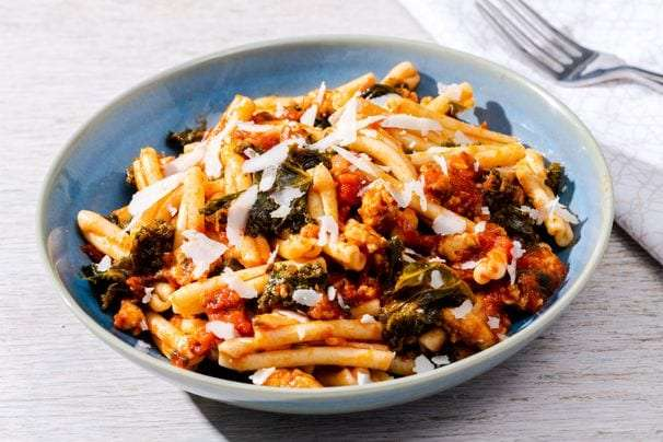 5 quick and easy pasta recipes for when making dinner feels daunting