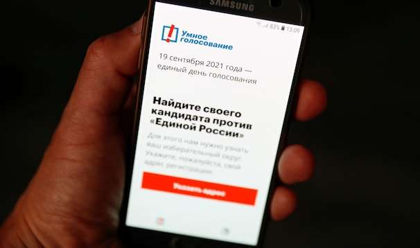 Navalny app vanishes from Apple, Google stores as Russia voting begins