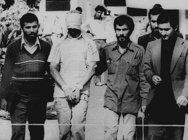 How do the U.S. and other countries manage hostage negotiation and ransom payments?
