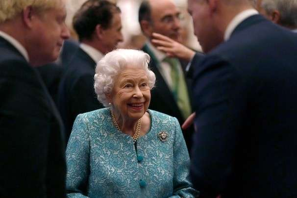 Queen Elizabeth II resting with 'light duties' after discharge from hospital, Buckingham Palace says